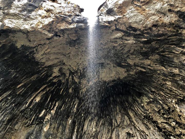 Cascada de la Cova de les Gralles