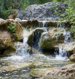 Salto de agua de Les Tosques de Capafonts