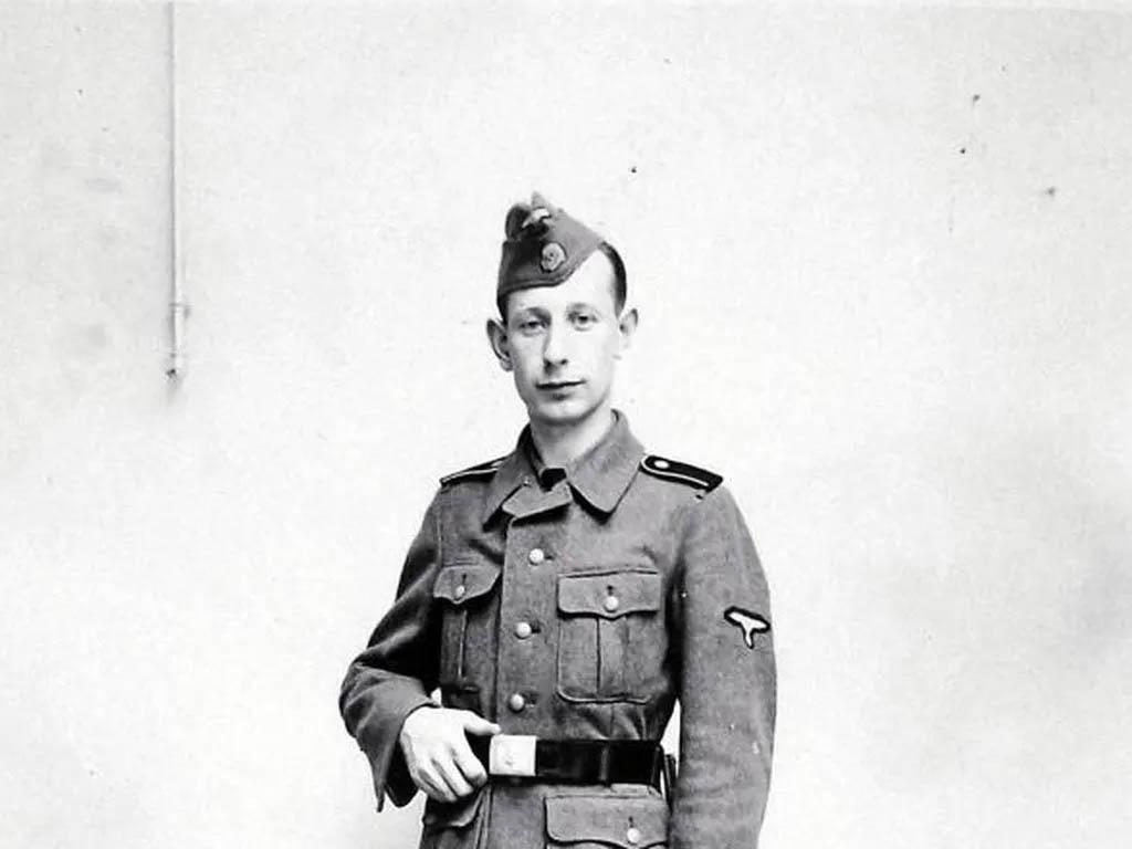 Foto del nazi de Siurana, Juan Buyse, uniformado.