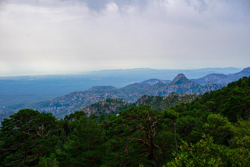 Vistas desde la cima del Mont Caro